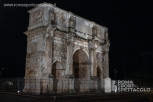Inaugurata la nuova illuminazione dell'Arco di Costantino a Roma
