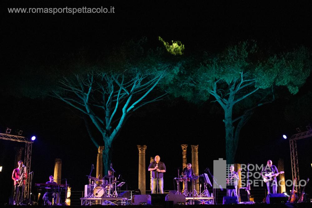 Gente Distratta tributo a Pino Daniele - Teatro Ostia Antica