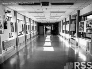 Covid-19: Ospedali in allarme, corridoi vuoti