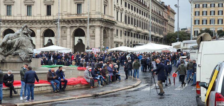 Manifestazione ambulanti a Roma