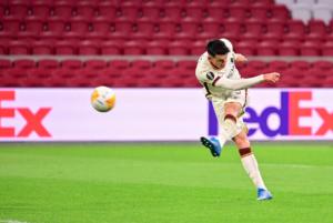 Ajax-Roma 1-2. Ai giallorossi il primo round, decide Ibanez