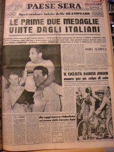 La notizia su Paese Sera della vittoria del quartetto italiano e, in secondo piano, la morte di Jensen
