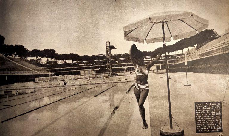 Claudia Cardinale allo stadio del nuoto di Roma