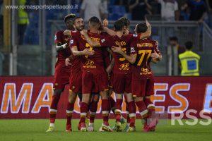 Roma – Sassuolo 2-1. Goduria Mou, 1000 gare e primato in classifica