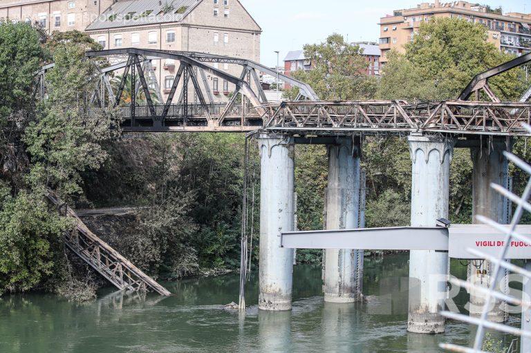 Ponte di Ferro danneggiato